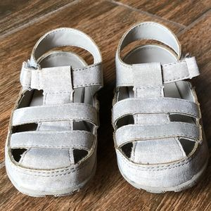 Other - Toddler Taupe Sandal Size 6